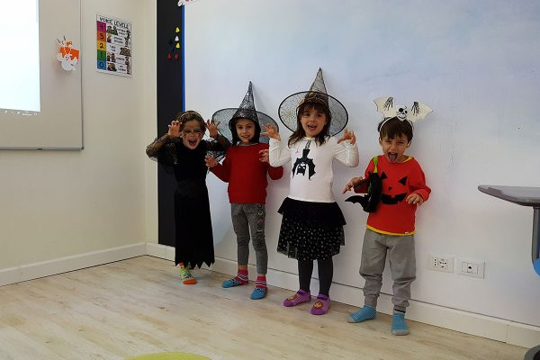 Fox English School halloween18